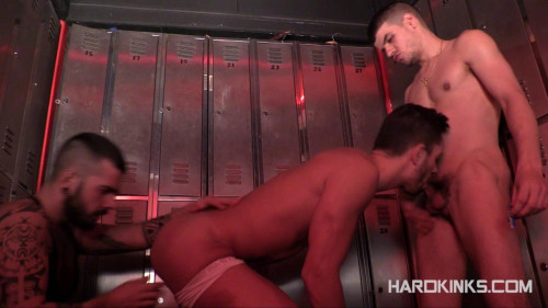 Gay BDSM Alpha Males (Aday Traun, Hugo Arias, Sergio Mutty)