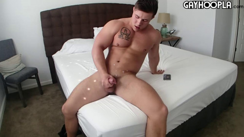 Country Boy Jerks Gay Solo