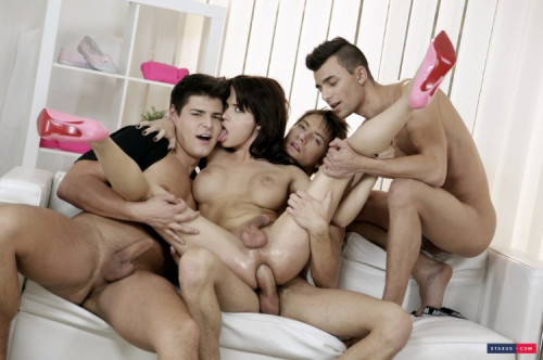 Teenager orgy shemales