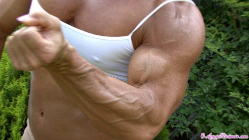 Biceps & Vascularity close up
