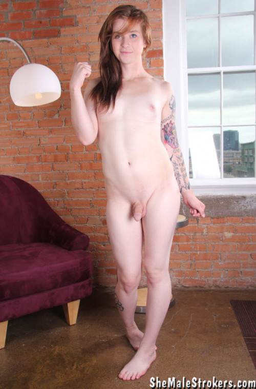 SheMaleStrokers  Southern Trans Girl Wants You Cover You with Sticky Hospitality!