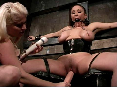 Pumping Rubber BDSM Latex