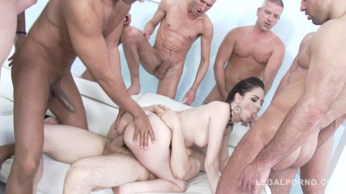 Rebecca Volpetti loves interracial gangbang Orgies