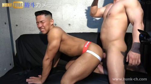 くん20歳!!!体当たり企画で体を張ってガン掘られ!!!