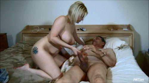 Give It To Me Grandpa (Nadia White) Amateur Porn