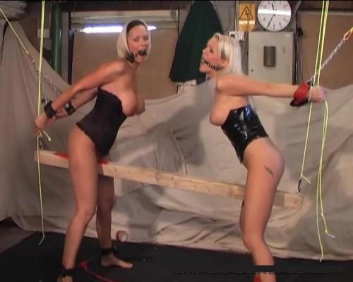 Chimeras Pornstars: Lucy Zara