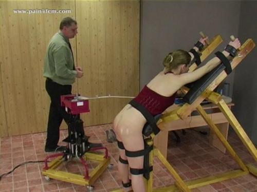 The spanking machine BDSM