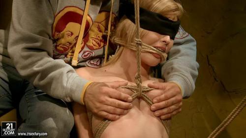Safira White BDSM