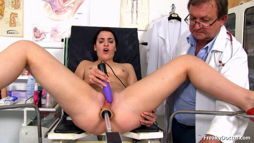 A Doctors Visit with Pleasure - Kizzy Sixx - HD 720p