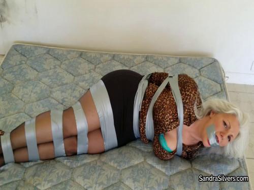 Tape tying