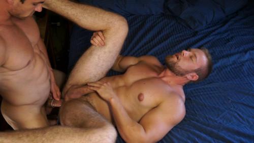 Patrick & Romeo(Patrick Dunne, Romeo Alfonso) Gay Clips