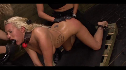 Leather Fastened Dykes From Hell - Scene ASS TO MOUTH