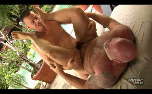 Older4Me - Tony Da Rimma & Jay Conrad - Daddy Bear Got Blasted