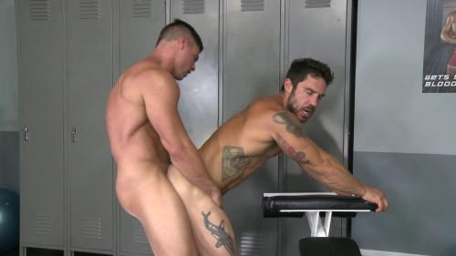 Derek Atlas Fucks Cayden Ross