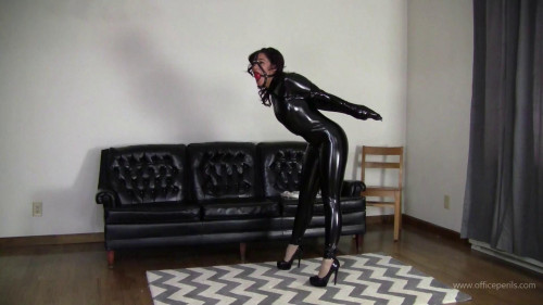 Enchantress Sahrye : Fetish Bound Latina BDSM Latex
