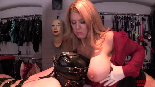 Drowned in the big buffers of the blonde - HD 720p BDSM Latex