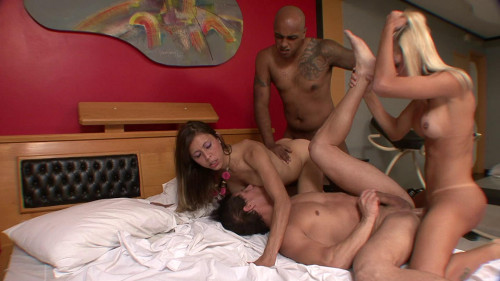 Black guy fucks bi couple and hot shemale Orgies