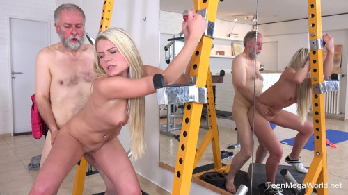 Martina D - Gym brings sex addicts together (2018) Old and Young