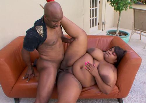 Fat Black Girl Pink Kandi Enjoys Hard Fuck