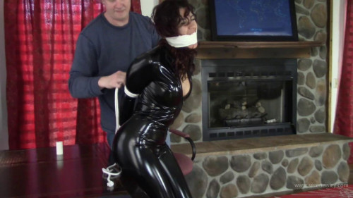 Enchantress Sahrye - Caught In Her Catsuit