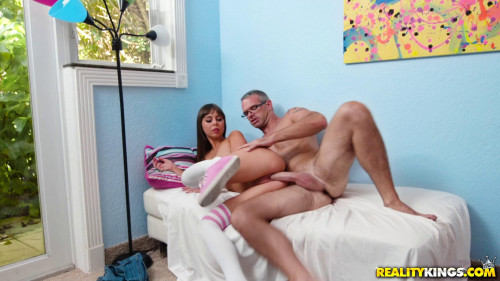 Criss Simon, Shae Celestine - Blowjob Lessons FullHD 1080p Teen Porn