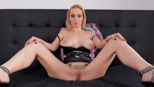 Milf hunts for young men HD Mature, MILF