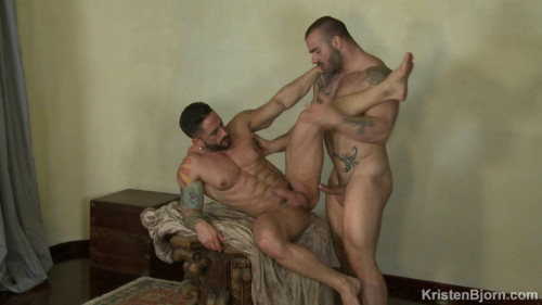 Muscles (Max Hilton, Robin Sanchez)