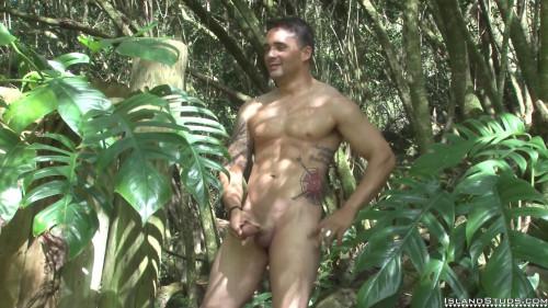 Island Studs - Max Gay Solo