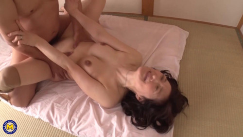 Suzune Yagami - Japanese MOTHER ID LIKE TO FUCK cheating with her neighbor (2021)