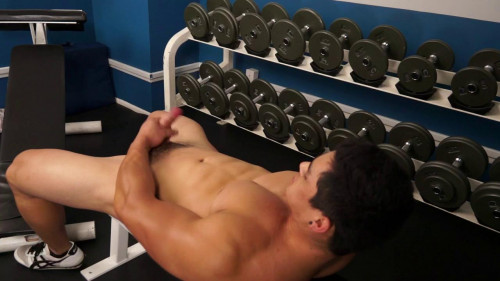 Darren Ramos in the Gym Gay Solo