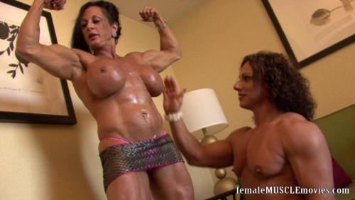 Annie & Linn Female Muscle