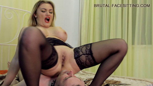 Luisa Femdom and Strapon