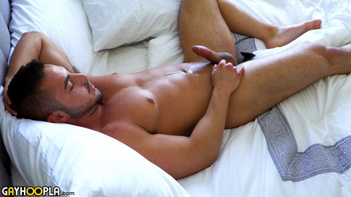GHoopla - Thick Muscle Jock George Gomez Strokes His Cock Gay Solo