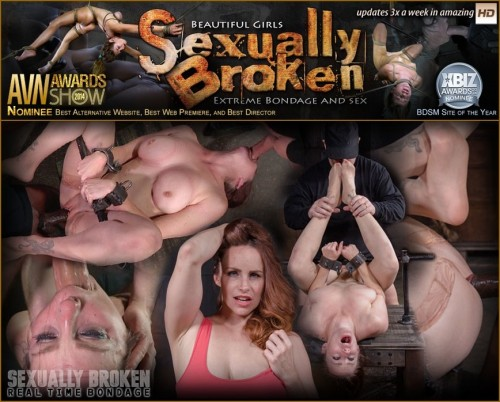 Busty Bella Rossi show grand finale with strict metal bondage and epic 3 cock dickdown!