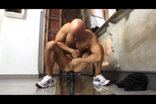 Sweat solo action for tough guys Gay Solo
