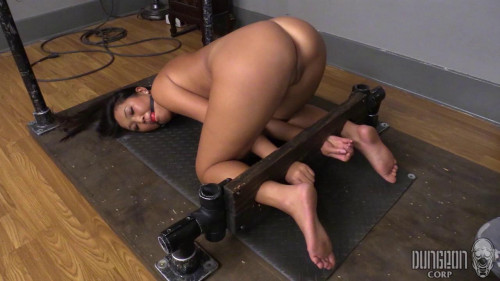 Amy Sparks - Cute asian girl in her first bondage
