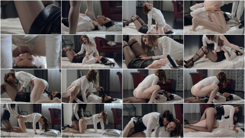 Danielle Sits On Ella Martins Face Dildo (2015)