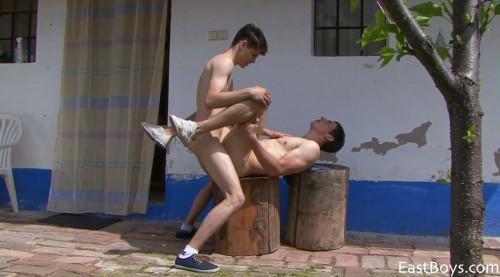 Eastboys - Village Boys - Hot Bareback Action - Benedikt & Drake