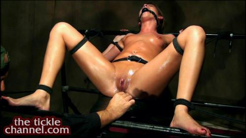 HD Bdsm Sex Videos Post Orgasm Clit Tickle Torment