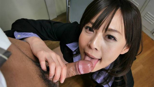 Asuka kyono blows her colleague in the office