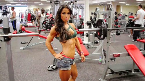 Andreia Brazier - Fitness Model Female Muscle
