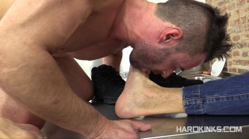 The Cleaner (El Conde, Mateo Stanford) Gay BDSM