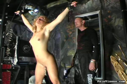 Painvixens - Dec 25, 2008 - Blonde Pain Slut