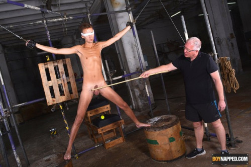 bn - A Slim & Hung New Twink Arrival Part 1 (Jaym Cdally & Sebastian Kane) Gay BDSM