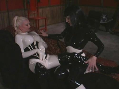 Kinky Girlfriends BDSM