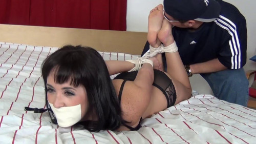 Girlsinabind - Fun For The Foot Bandit With Dixie Comet-Foot Bandit