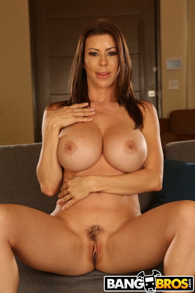 Alexis Fawx - Loves To Fuck FullHD 1080p