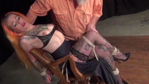 Quinn Carter: What a Lovely Neck