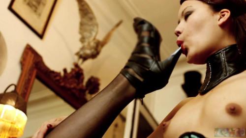 The Black Widow - Scene 1 - HD 720p