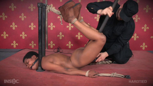 Kahlista Stonem - Poised BDSM